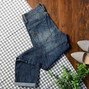 Levi's • Mid-Rise Slim Cuffed Jeans